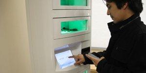 cell-phone-charging-kiosk-7